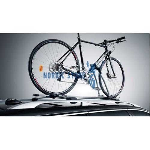 Volvo gyári tartozékok, Volvo 31330896 kerékpátartó, zárható