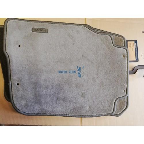 Volvo gyári alkatrészek, Volvo 30883677 szürke szövet szőnyeg készlet
